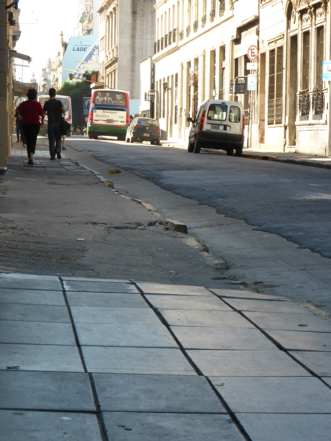 Differences in the better kept up pavements of Buenos Aires